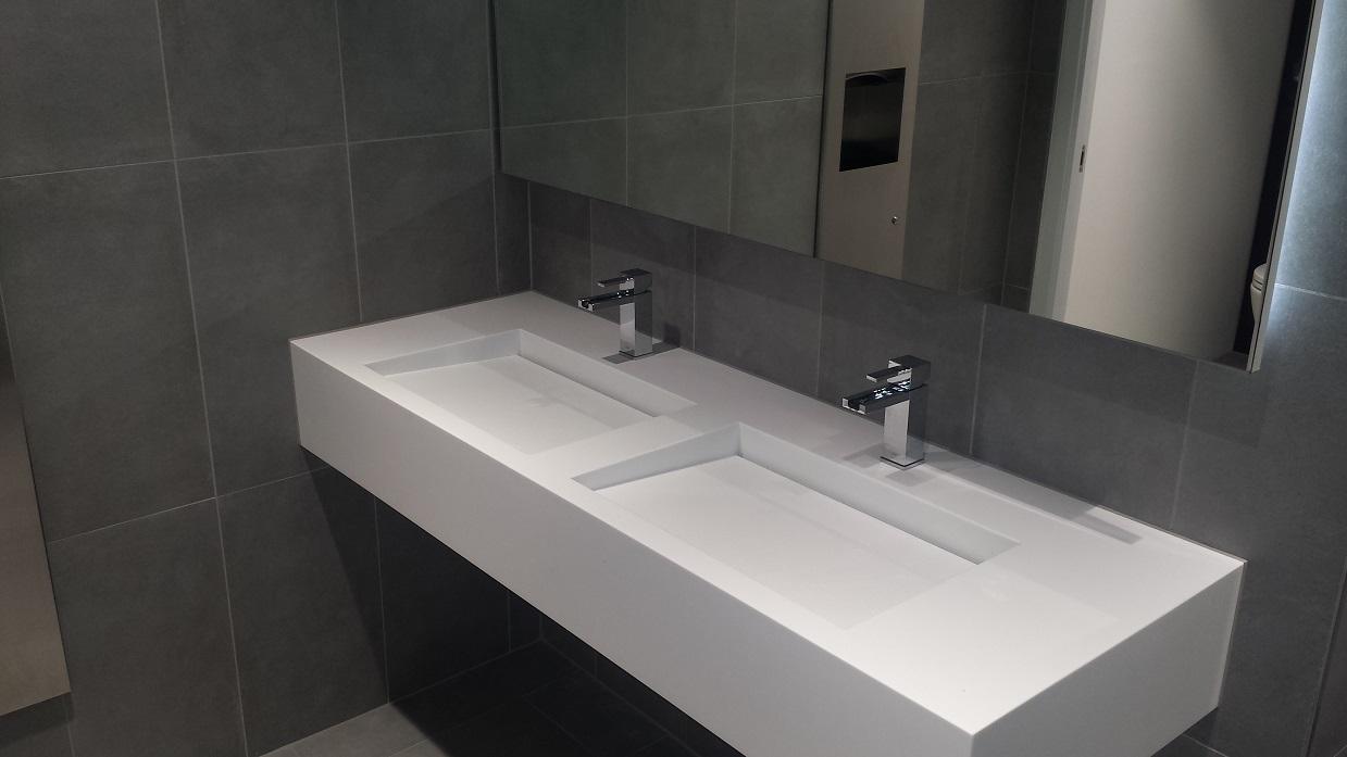 888 Washbasins.1